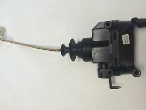 90 91 92 93 MERCEDES BENZ 300E W124 TRUNK LOCK VACUUM ACTUATOR  OEM