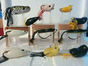 LOT OF 11 FROG AND RAT RUBBER FISHING LURES