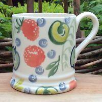 EMMA BRIDGEWATER . Stoats . 1/2 pint MUG . Fruit & Oats spongeware
