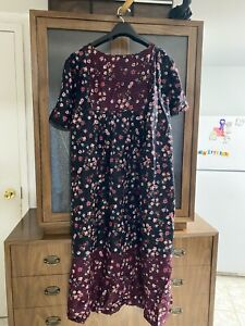 Only Necessities Nightgown   2X Black with flowers