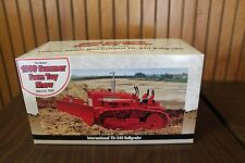 1999 Summer Farm Toy Show, International TD-340, Stock# 4533TA, ERTL, Dozer