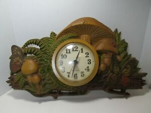 Vintage 70s Burwood Products New Haven Mushroom Butterfly Wall Clock Decor