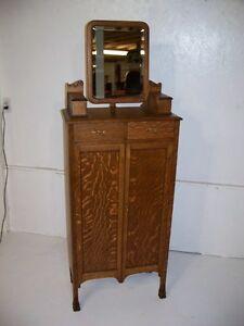 Antique Quarter Sawn Oak Shaving Stand
