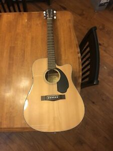 Fender Classic Design CD-60SCE Acoustic-Electric Guitar