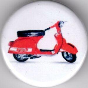 VESPA RALLY 200 Pin Button Badge - 25mm - Piaggio - Primavera - Italia