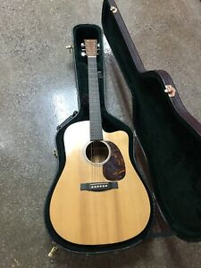 Martin Artist DCPA4 Acoustic/Electric Guitar Preowned . Case Included
