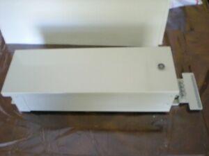 COMMSCOPE 1P2132-000 Fiber Box, Narrow Splice, 12 Splice Positions, 1 A Tray