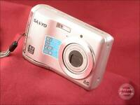 8664 - Sanyo VPC S880 8MP 3x Autofocus Zoom Digital Camera