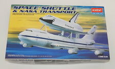 Niob 1989 Academy Model Kits 1/288 Space Shuttle & Nasa 747 Transport Plane