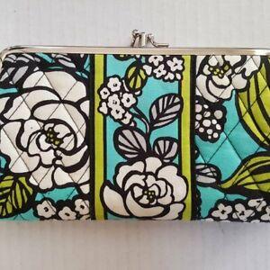 VERA BRADLEY Purse Clutch Make-Up Bag Wallet Abby ISLAND BLOOMS Retired