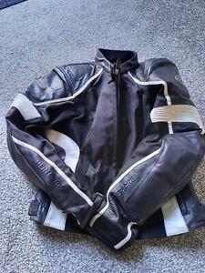 Ladies motorcycle jacket size 40 Hein Gericke