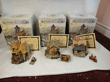 Boyds Bears Bearly Built Villages Library, Shop, & Cottage Lot of 3 Buildings