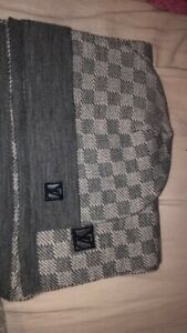 louies vuitton Hat And Scarf