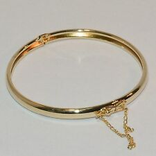 9CT Yellow Gold  Large Polish Bangle with Safety Chain (B9)