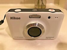 Nikon COOLPIX S30 10.1MP Digital Waterproof White - Good Condition!