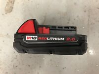 NEW Genuine Milwaukee 48-11-1820 M18 18-Volt Lithium-Ion 2.0 Ah Compact Battery