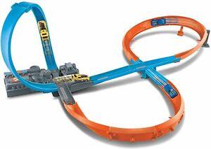 Hot Wheels Pista a 8 con Loop e lanciatore motorizzato - Mattel GGF92 - 4+