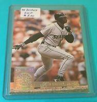 KEN GRIFFEY JR. 1994 DONRUSS GOLD INSERT CARD #4