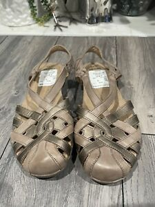 earth origins sandals size 10 new