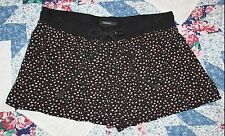 Forever 21 Floral Shorts, Juniors sz Small, 100% Rayon, Black, Red, Beige