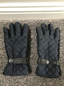 Marks and Spencer Navy Quilted Gloves Size S/M