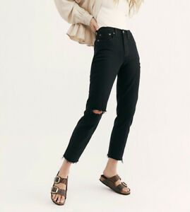 Free People levis black iconic wedgie straight jeans Size 30