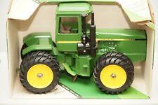 Ertl John Deere 4WD Articulated Tractor Vintage #5508 1/16