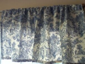 J.C. Penney Home Collection Window Valance Toile Blue & White USA