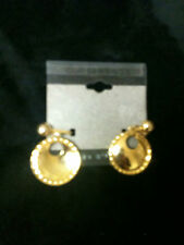 Vintage Costume Jewlery Earrings (CLIP ONS) Gold Tone Circle 3/4""