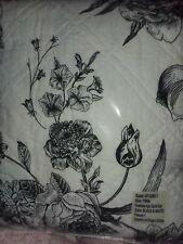 Beautiful Black & White Floral Twin Quilt 4 pc Comforter set