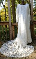 Aurora D' Paradiso Beaded Lace Floral Wedding Dress With Train sz 20 Zip Back