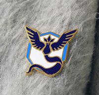 Blue Mystic Articuno Gold-Metal Faction Gym GO Badge/Pin Pokemon PokemonGO White