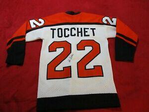 Vtg. Philadelphia Flyers #22 Rick Tocchet Sewn Jersey Signed Ron Sutter Boys XL