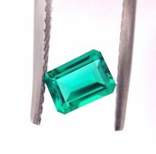 Hydrothermal Emerald Colomb color  0.88 ct, octagon 7*5 mm