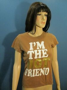S brown I'M THE HOT FRIEND t-shirt by ZOEY BETH