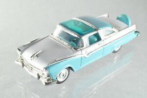 JQ203 Road Signature #94202 1:43 1955 Ford Fairlane Crown Victoria A+/-