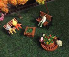 Park Village Bench scene FREE model people OO Gauge 1:76 Hornby Railway Trainset