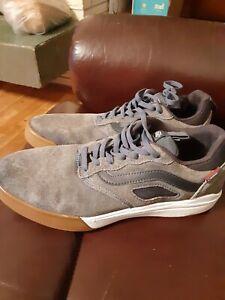 Vans PRO Suede Gray/Grey/Blue size 10 Skateboard Tennis shoes Sneakers Nice !!!
