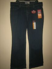 PP43) ( NEW WITH TAGS ) WOMENS SIGNATURE MID RISE LEVIS BOOTCUT SIZE 14 LEG 28