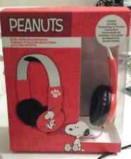 PEANUTS - KIDS SAFE HEADPHONES - SNOOPY - childrens New in Package