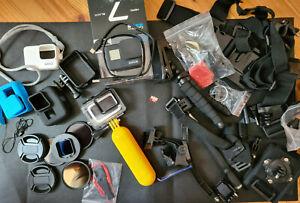GoPro HERO 7 black mit großem Zubehörpaket und SD-Karte - Top Zustand!