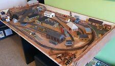 Joblot Model Railway buildings platforms oo/ho gauge Hornby power units x 2