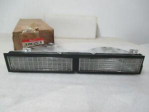 Mopar NOS 1977-78 Dodge Diplomat Left Hand Front Turn Signal Lamp ASSY 3881653