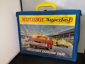 T188-MATCHBOX SUPERFAST COLLECTOR'S CARRYING CASE WITH FOUR TRAYS.HOLDS 48 CARS