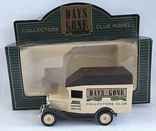 LLEDO DAYS GONE 1930 FORD MODEL A VAN COLLECTORS CLUB WINTER 93/94 DIECAST BOXED