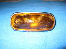 Side indicator lamp - Land Rover Defender & Discovery 2 (XGB000030)