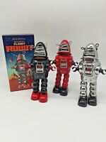 Chrome Planet Robot Tin Collectible Replica Robby the Robot New In Box SC-MS430