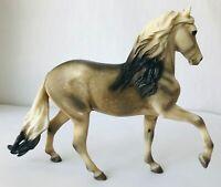 Breyer Peruvian Paso #576 Dapple Grey National Horse of Peru Model 2002-2004