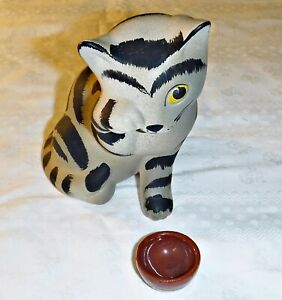 """COOL FUN DEVON CERAMICS LTD HAND FINISHED CRYING CAT WITH EMPTY BOWL 5 1/2"""" H"""