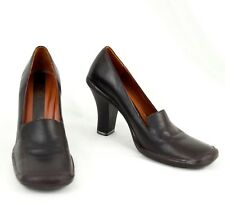 BCBG Leather Shoes 5.5 M  Brown Slip On Heels Maxazria Made Brazil 35.5 EU